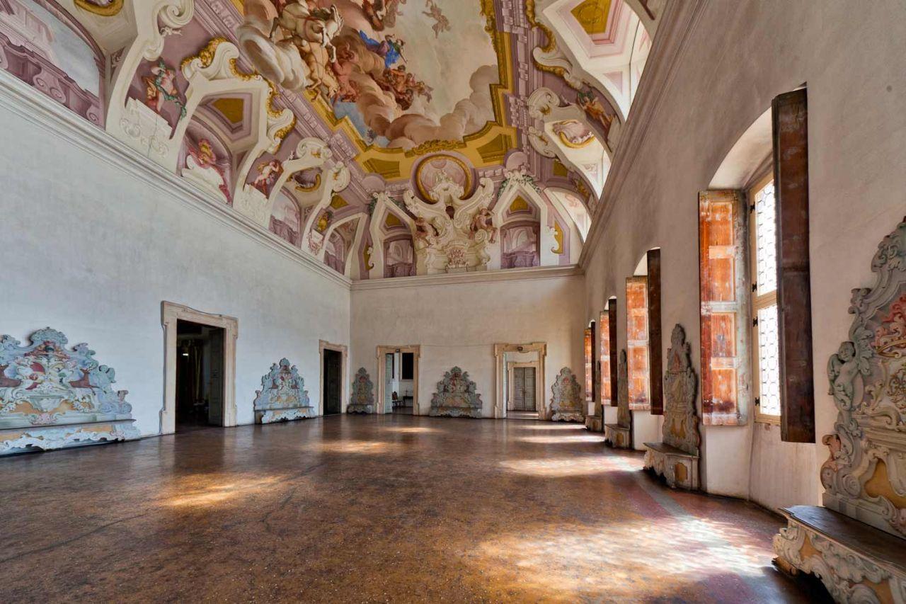 Villa sagramoso perez pompei for Ville antiche interni