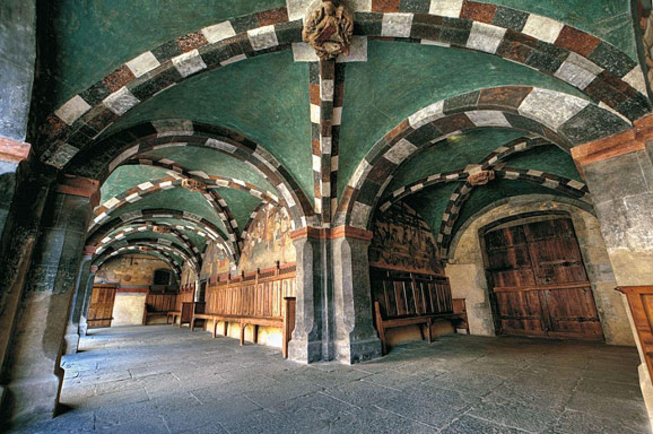 Castello di issogne for Disegni di interni
