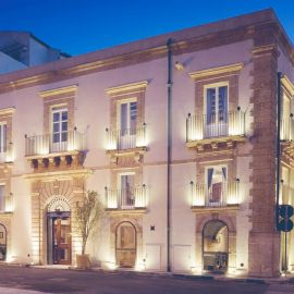 Palace/Villa