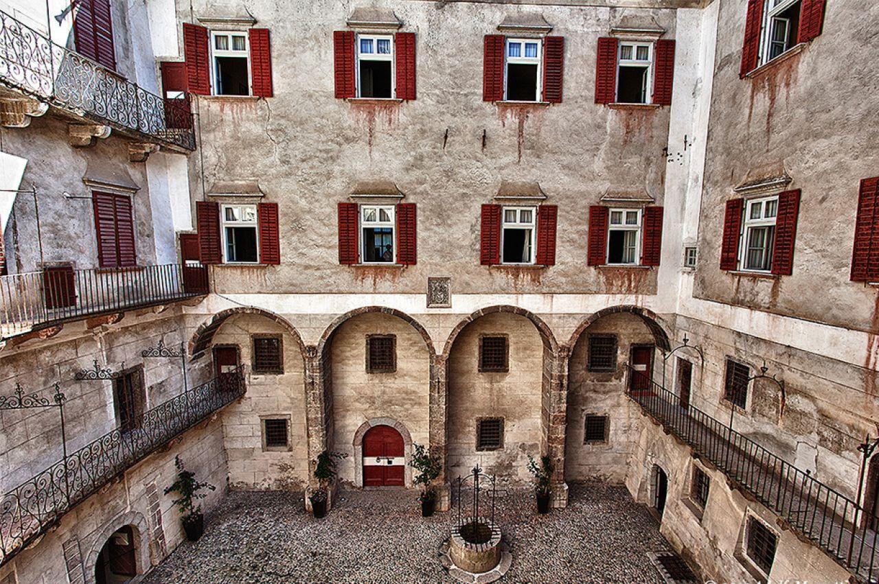Castel thun for Foto di interni