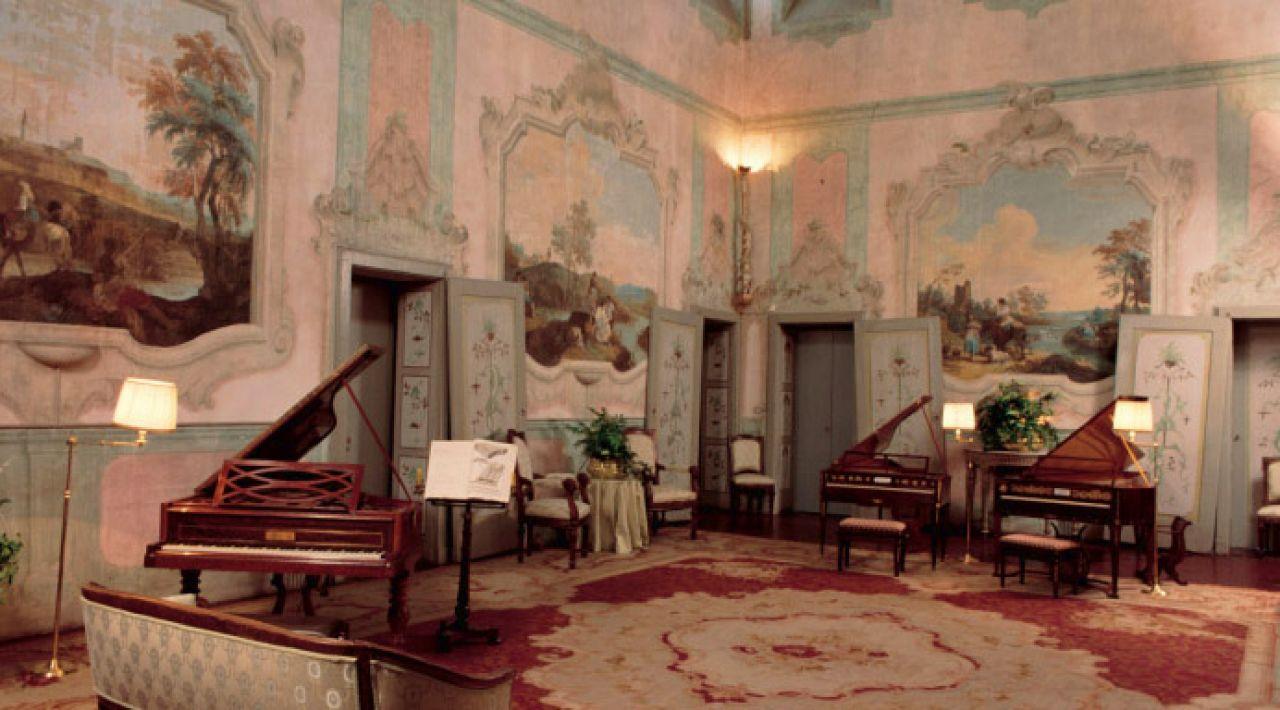 Villa medici giulini for Corso arredatore d interni roma