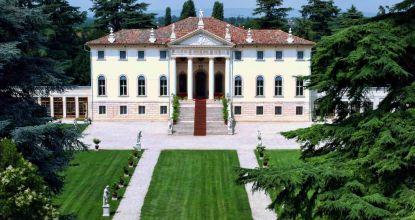 Villa Corner della Regina