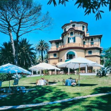 Villa Pagoda